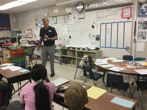 class visit with Therapy dog